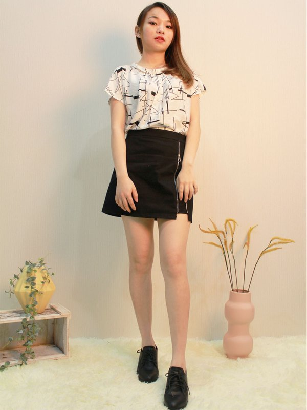 ABSTRACT LINE TOP (CREAM)