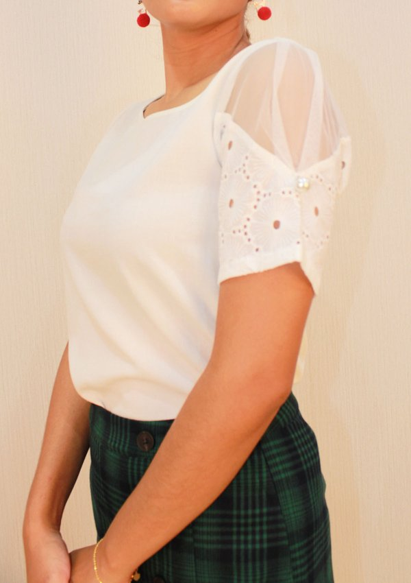 LACE SLEEVE BOAT NECK TOP (CREAM)