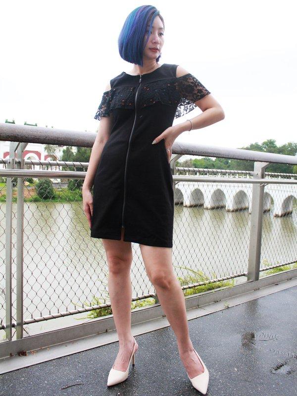 FLO-JO OFF SHOULDER DRESS (BLACK)