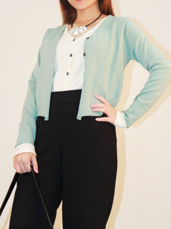 LONG SLEEVE KNIT TOP (PALE GREEN)