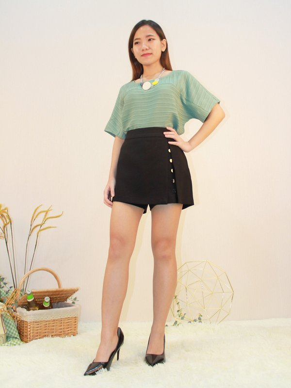 BUTTON UP V SKIRT (BLACK)