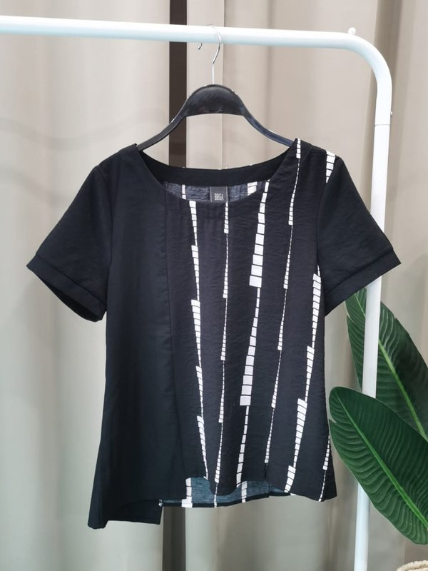 SIDE ABSTRACT BLOUSE (BLACK)